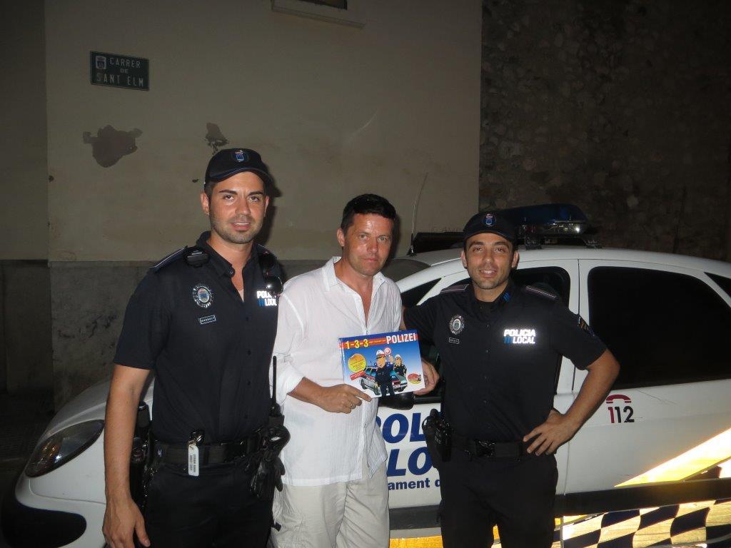 Polizeibuch Ibiza 2014